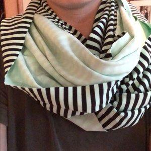 Lululemon scarf!
